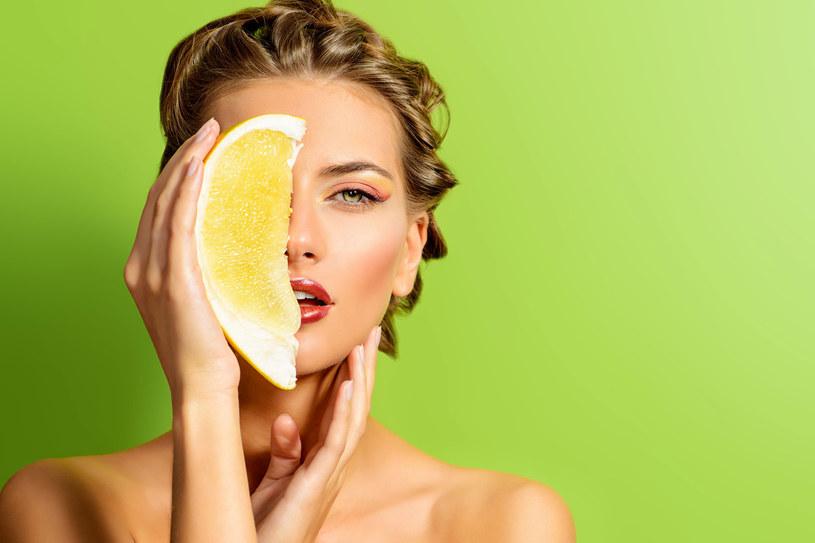 Odżywiaj ciało od środka. Witamina C to podstawowy składnik diety /Picsel /123RF/PICSEL