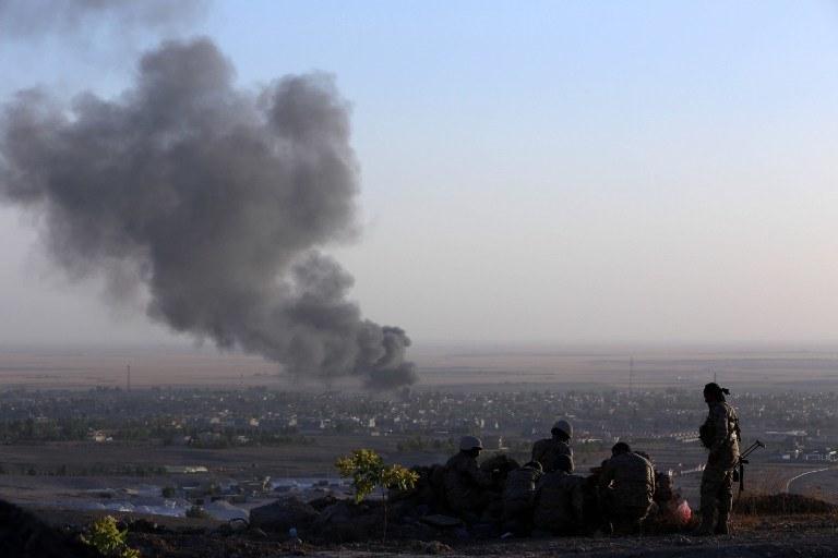 Ofensywa Państwa Islamskiego zatrzymała się ok. 40 km od stolicy Kurdystanu, miasta Irbil /AFP