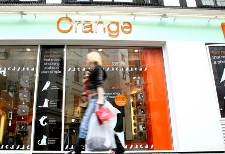 Oferta telewizyjna Grupy TP firmowana będzie marką Orange /AFP