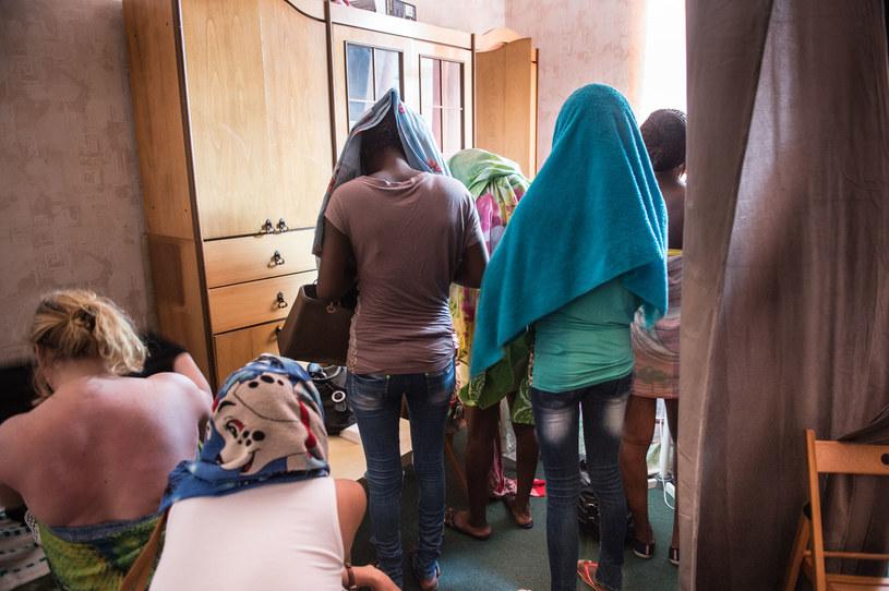 Ofiary najczęściej są wykorzystywane do prostytucji, pracy przymusowej i żebractwa /©123RF/PICSEL