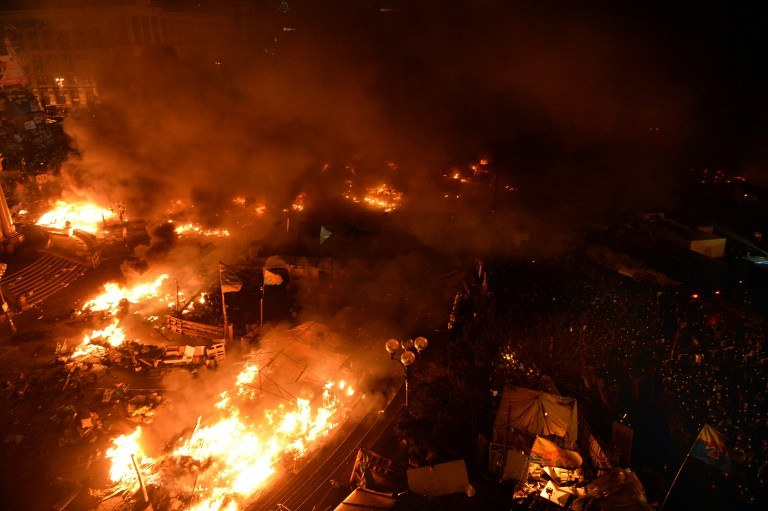 Ogień na Majdanie /AFP