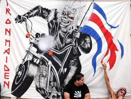 Ogon samolotu Iron Maiden zdobi portret Ediego /AFP