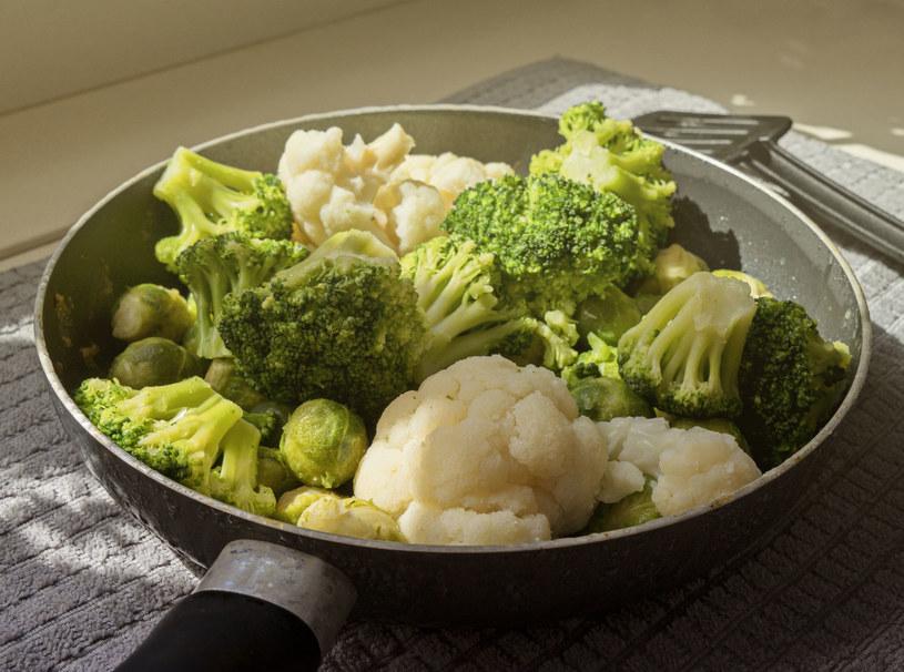 Ogranicz: brukselkę, kalafior, brokuły, bo zawierają goitrogeny /123RF/PICSEL