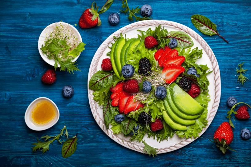 Ogranicz mięso i wybieraj zdrowe produkty roślinne /©123RF/PICSEL