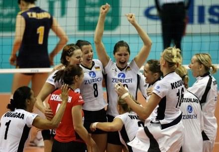 Ogromna radość Niemek po zwycięstwie nad Chinkami /AFP