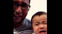 Ojciec doprowadził synka do łez
