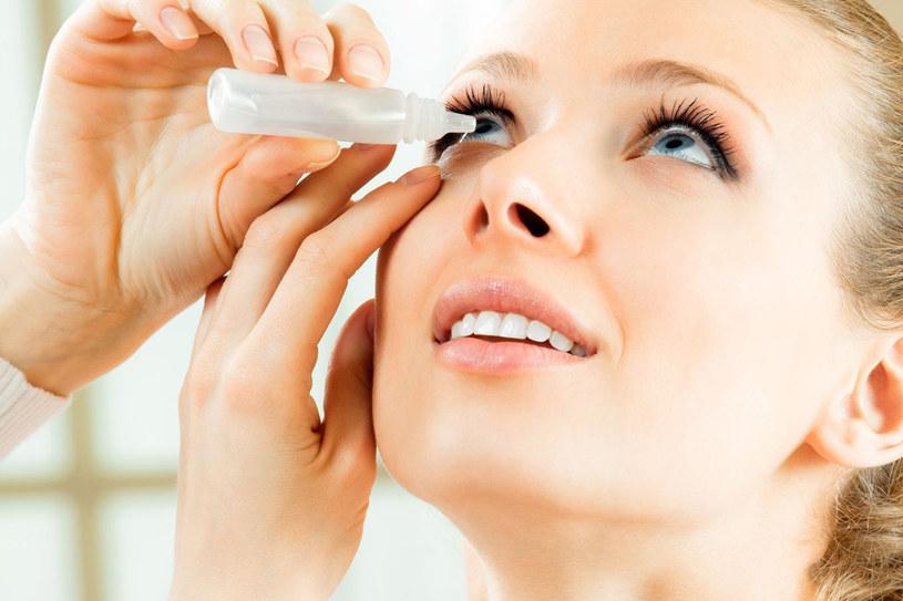 Okazało się, że krople, które zawierają ten związek, sprawdzają się w leczeniu zespołu suchego oka /123RF/PICSEL