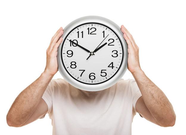 Okazuje się, że wystarczy ograniczyć godziny, w których się obżeramy /123RF/PICSEL