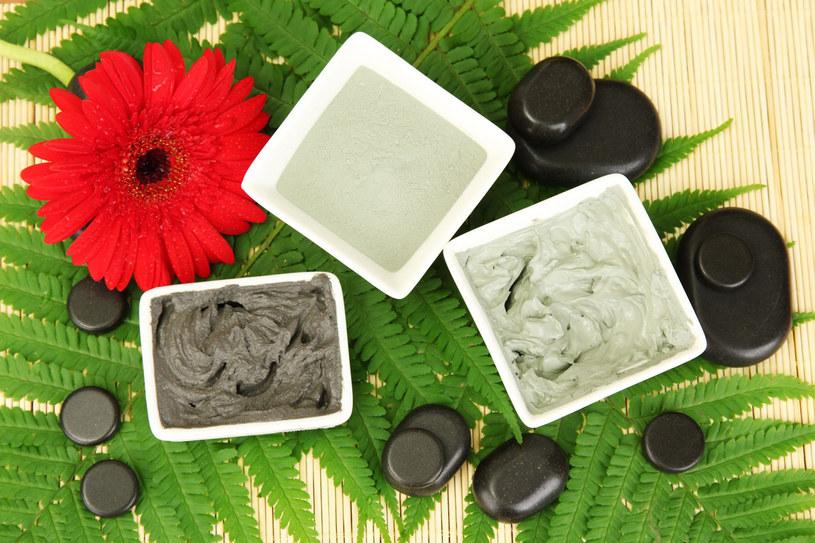 Okłady wyszczuplające z glinki pomogą schudnąć i zachować jędrność skóry /©123RF/PICSEL