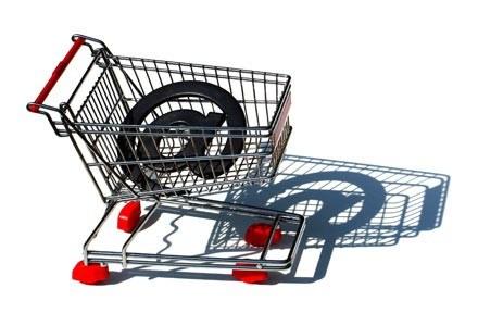Okres przedświąteczny to czas żniw dla sklepów internetowych fot. Sanja Gjenero /stock.xchng