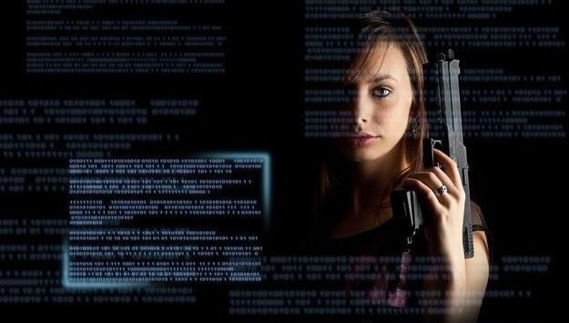 Okres rozliczania PIT-ów to dobry moment dla cyberprzestępców, aby wykorzystać naszą nieuwagę oraz rozliczanie podatków w ostatniej chwili /©123RF/PICSEL