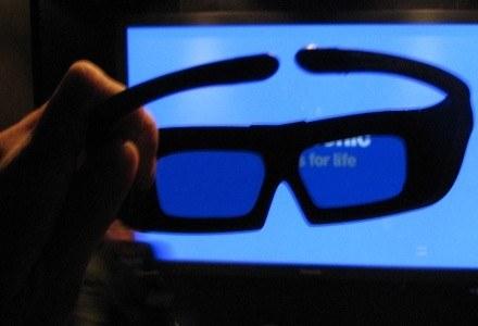 Okulary 3D, których używamy do oglądania filmów. Trochę za duże i trochę nieporęczne /INTERIA.PL