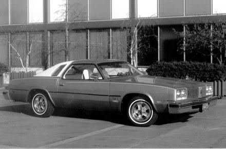 Oldsmobile cutlass - najpopularniejsze auto roku 1976 /