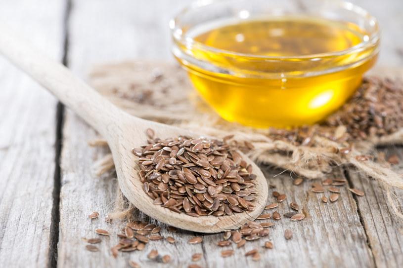 Olej lniany jest jednym z najzdrowszych olejów /materiały prasowe