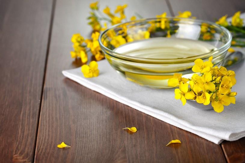 Olej rzepakowy wspomaga zdrowie /©123RF/PICSEL