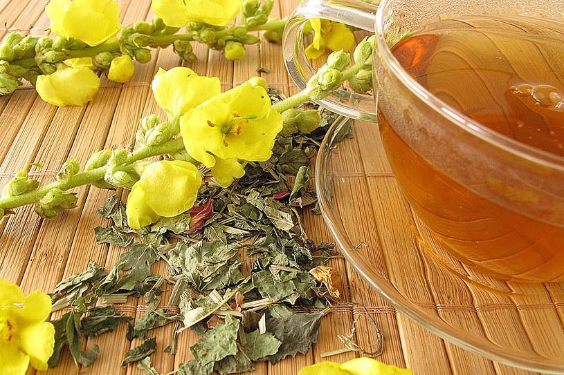 Olej z tej rośliny używa się do leczenia bólu i zapalenia ucha środkowego /©123RF/PICSEL