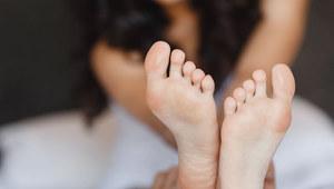 Olejki eteryczne na letnie problemy z nogami