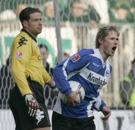 Oliver Kirch zdobył gola po podaniu Artura Wichniarka /AFP