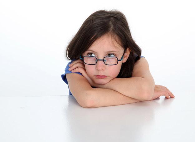 Olivka była smutnym, zamkniętym w sobie dzieckiem /©123RF/PICSEL