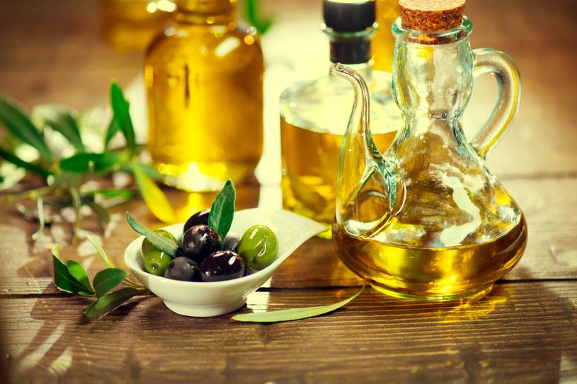 """Oliwa z oliwek bywa nazywana """"nektarem bogów"""" /123RF/PICSEL"""