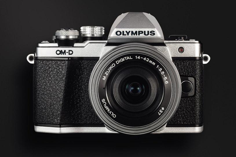 Olympus E-M10 Mark II /materiały prasowe
