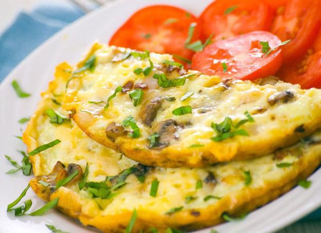 Omlet na pikantnie /©123RF/PICSEL