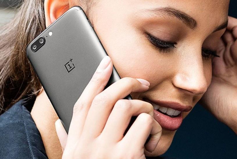 OnePlus 5 jest bardzo podobny iPhone'a 7 Plus /materiały prasowe