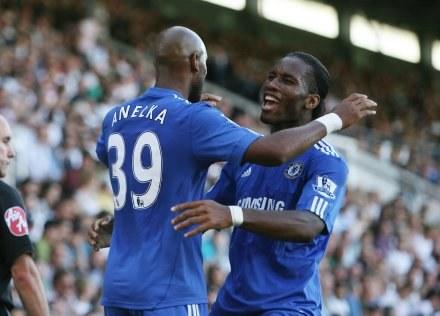 Oni zapewnili Chelsea zwycięstwo; Nicolas Anelka i Didier Drogba /AFP