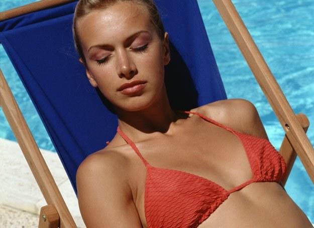 """""""Opalenizna z tubki"""" jest dla naszej skóry zdecydowanie bezpieczniejsza niż prawdziwe słońce"""