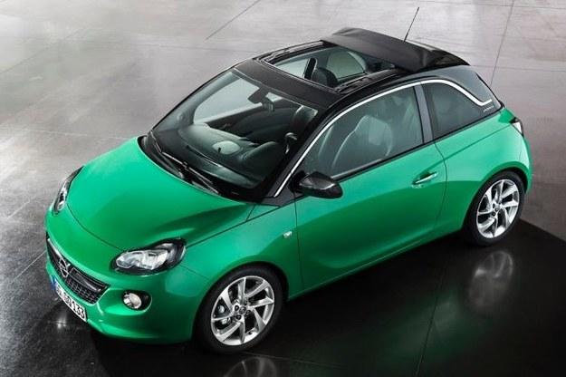Opel Adam z dachem Swing Top /Opel
