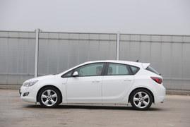 Opel Astra IV (2009-20015)