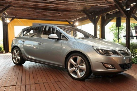 Opel astra IV /INTERIA.PL
