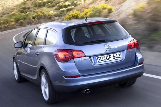 Opel astra sport tourer /