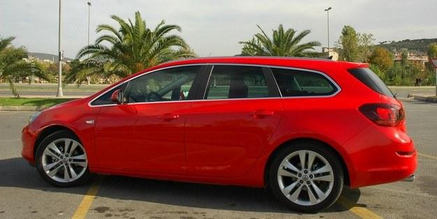 Opel astra to kolejne ładne kombi /