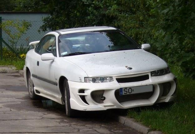 Opel calibra pług i mistrz parkowania.