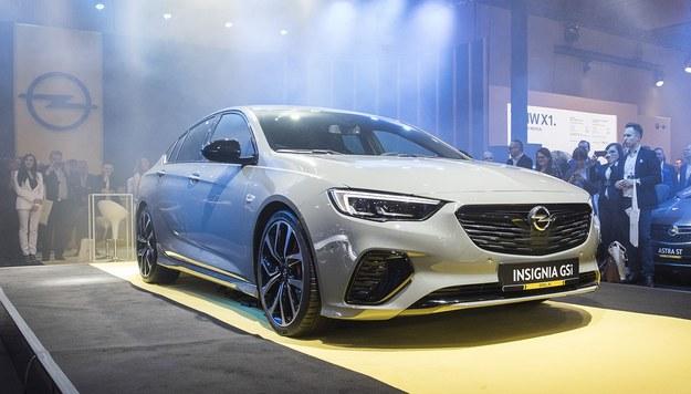 Opel Insignia GSi /Opel