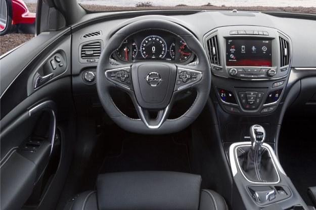Opel Insignia OPC /