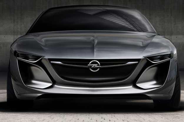 Opel Monza. To na razie prototyp /