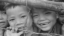 """Operacja """"Babylift"""". Burzliwe losy wietnamskich dzieci"""