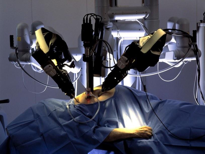 Operacja z użyciem robota da Vinci /East News