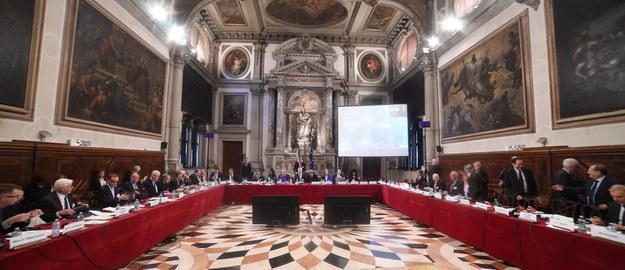 Opinia Komisji Weneckiej ws. nowelizacji ustawy o Trybunale Konstytucyjnym. Główne punkty