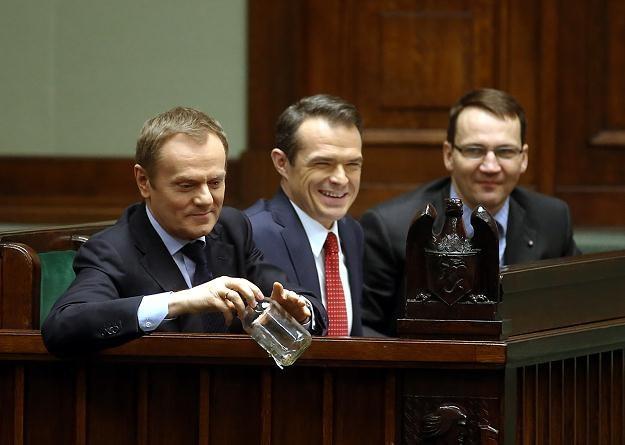 Opozycja nie zostawia na ministrze Nowaku suchej nitki /PAP