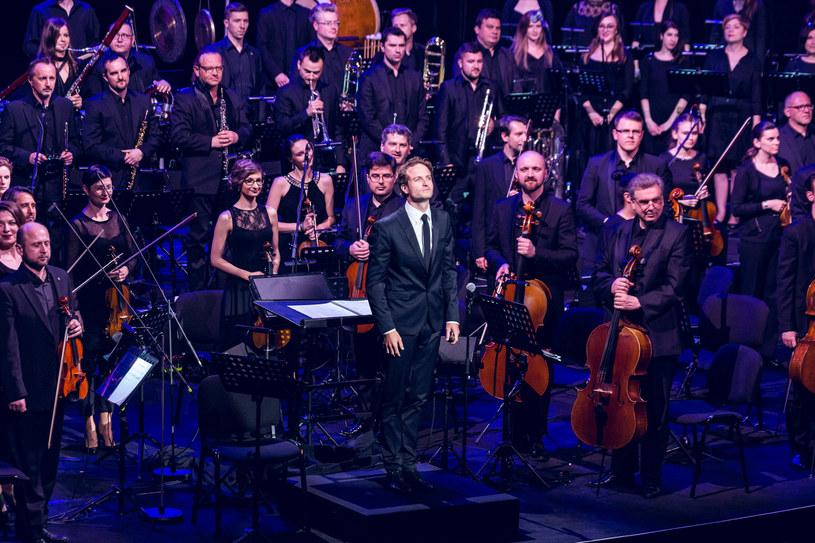Orkiestra Sinfonietta Cracovia i chór Cracow Singers pod batutą Christiana Schumanna /Robert Słuszniak dla KBF /materiały prasowe