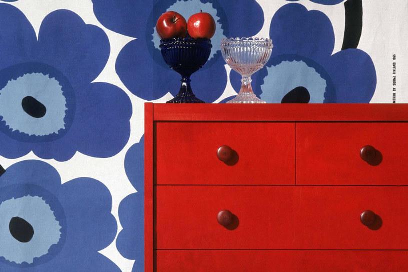 Oryginalne nadruki i charakterystyczne zestawienia kolorów - Marimekko to znak firmowy fińskiego wzornictwa /East News