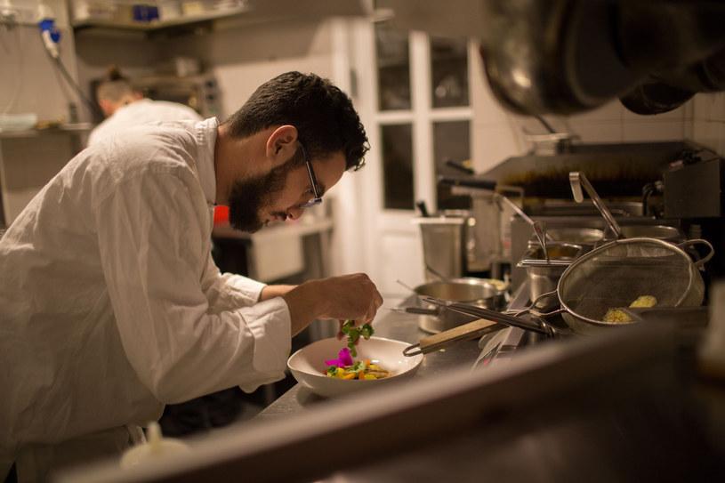 Osama Dalal w swojej kuchni w Maiar /The New York Times Syndicate