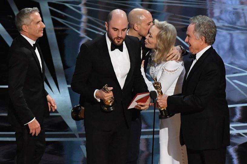 Oscarowa pomyłka zapewne przejdzie do historii /AFP