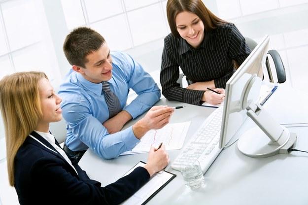 Osoby, które prowadzą swoją firmę w Akademickim Inkubatorze Przedsiębiorczości zawsze mogą liczyć na pomoc /© Panthermedia