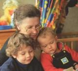 Osoby starsze i dzieci są w grupie ryzyka /INTERIA.PL