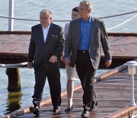 Ostanio na Helu Kaczyńskiego odwiedził Bush /AFP