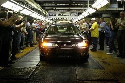 Ostatni oldsmobile wyjeżdża z fabryki /